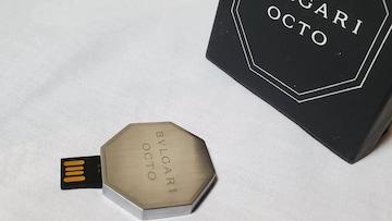 正規レア ブルガリ ブランドロゴエンブレム オクト USBメモリー 4G ジオメトリー デバイス