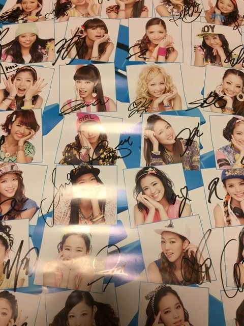 E-girls☆ごめキス☆メンバー直筆サイン入りポスター(^。^) < タレントグッズの