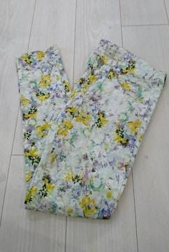 値下げ ユナイテッドアローズ 花柄スキニーパンツ サイズS