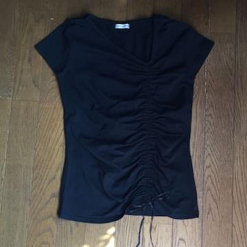 アシンメトリー 絞りが可愛い 短め袖黒Tシャツ Mサイズ