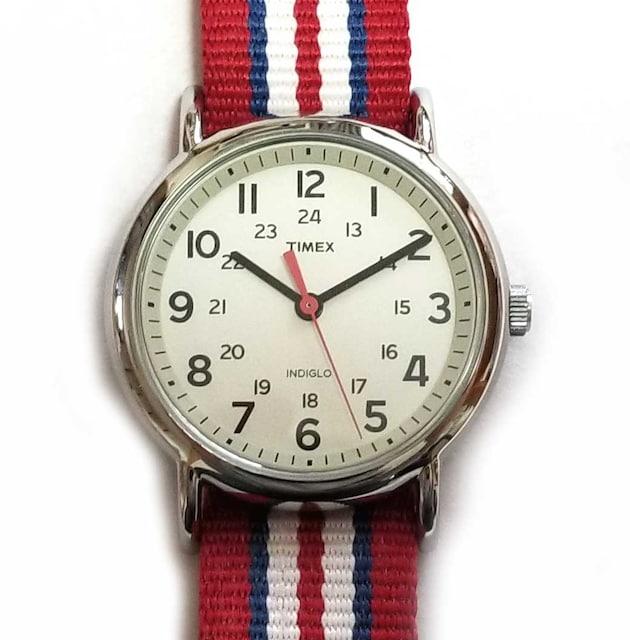 正規タイメックス時計レッドナイロンキャンバスウィークエン  < ブランドの