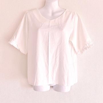 韓国白フリルプルオーバーシースルーTシャツブラウスVカットソー