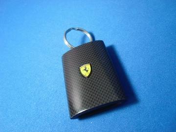 ● フェラーリ/Shell HELIX カーボン柄 LEDライト KEY ホルダー