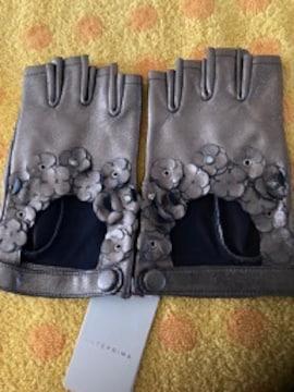 アンテプリマ 革手袋メタル