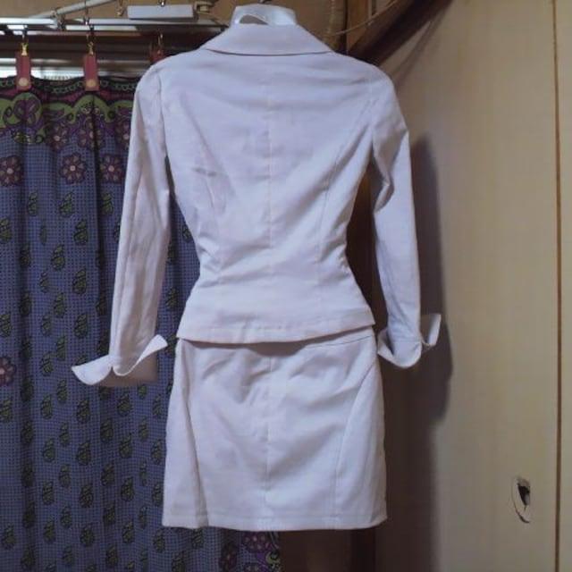 FTラメ ミニスカート スーツ・セットアップ 4点セット ネクタイ付き < 女性ファッションの
