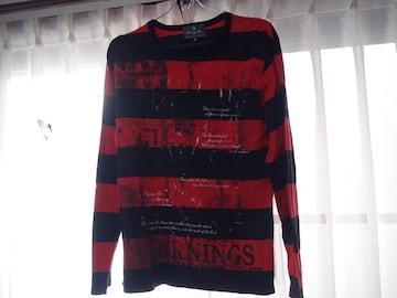 赤と黒の横ジマのTシャツ メンズ長袖(L)!。
