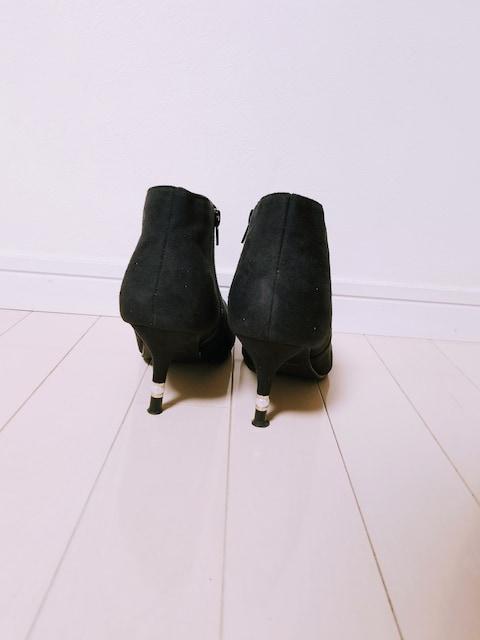 CAVOUR◆ヒールgold&パールスウェードショートブーツ黒L < 女性ファッションの