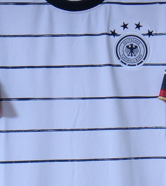 新品☆シュバインシュタイガー☆ドイツ代表☆白7番半袖ユーロ20 < レジャー/スポーツの