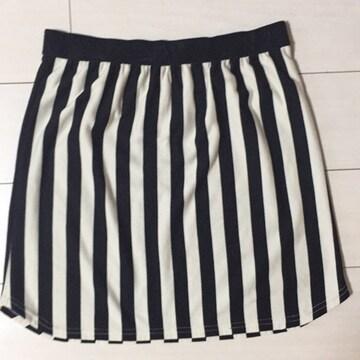 Cutie Blond C.B.キューティブロンド☆白×黒ストライプスカート