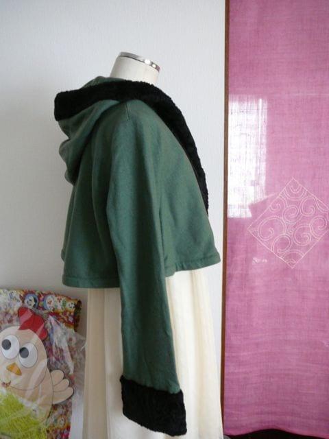 ホコモモラ(シビラ)Aラインフードボアジャケット40サイズ < ブランドの
