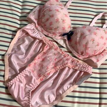 新品 C 70M ブラジャー&ショーツセット 小花柄ピンク