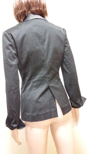 ☆新同☆Ryu Ryu☆サテン切替えの黒ジャケットA4☆3点で即落☆ < 女性ファッションの