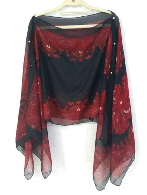 新品[7993]赤★エスニックプリントシフォンレースポンチョ < 女性ファッションの