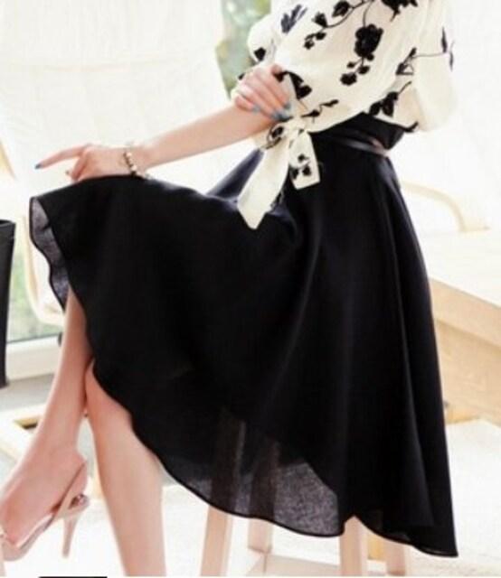 シンプル♪ふんわり*Aラインフレア*ロングひざ丈スカート*黒*ブラック  < 女性ファッションの