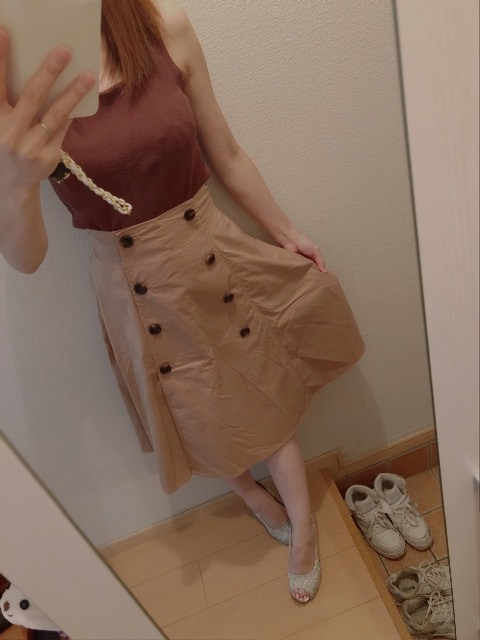 ブラウン膝丈スカート < 女性ファッションの