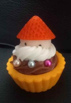 新品*クリスマス*スイーツデコ*ストラップ*タルトケーキ*サンタ