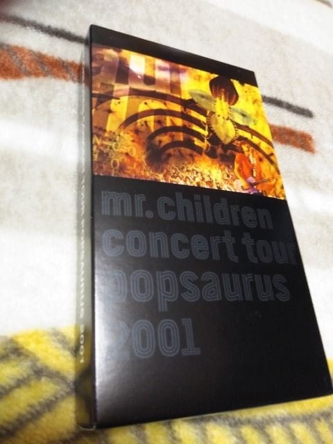 *☆Mr.Children☆Concert Tour POPSAURUS 2001 VHS♪  < タレントグッズの