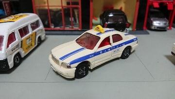 [ジャンク・絶版・トミカ]No.115 トヨタ クラウン マジェスタ タクシー