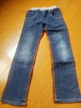 ☆新品同様☆丸高衣料☆格好いいジーンズ☆130