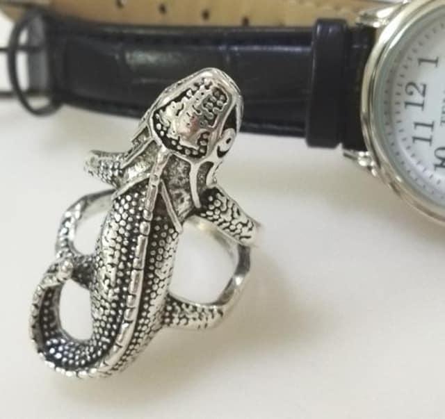 新品[8252]トカゲの指輪(16号)/アンティークシルバー < 男性アクセサリー/時計の