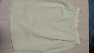 レモン色のタイトスカート◆ウエスト63cm◆美品です(^_^)新品