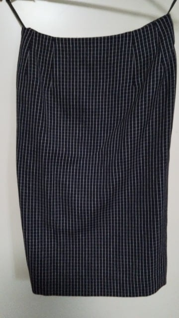 卒業式・入学式☆チェックスカートスーツ☆9AR < 女性ファッションの