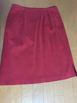 ミッシェルクランえんじ色スカート。さし色に!かわいい!