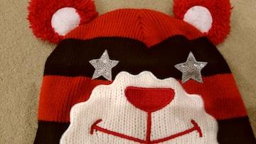 PINK LATTE ニット帽 赤黒ボーダーベア星ハート柄耳宛てボンボ