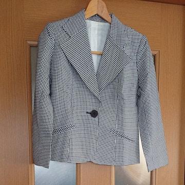 【値下げ不可】新品未使用!!チェック柄テーラードジャケット