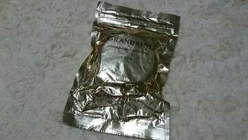 グランデーヌ エッセンスパクト エクセレント OC-405