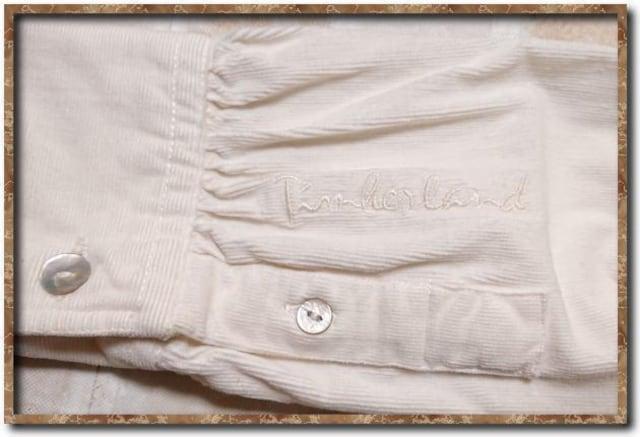 ティンバーランド 刺繍入りコーデュロイシャツ 白 < ブランドの