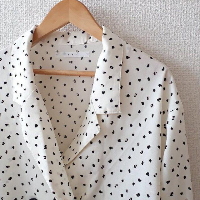 〇KBF〇 変形ドット オープンカラーシャツ ブラウス   < ブランドの