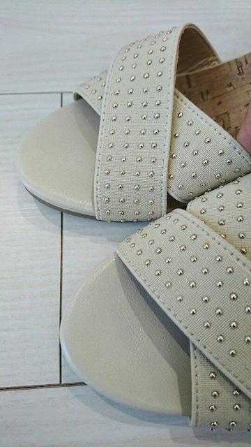 履き心地抜群 ウェッジソールサンダル サイズS オフホワイト < 女性ファッションの