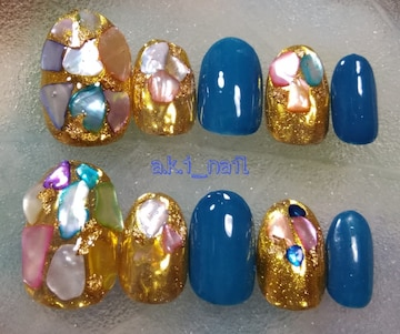 No378/ジェルネイルチップ☆付け爪~シェルストーン×ブルー