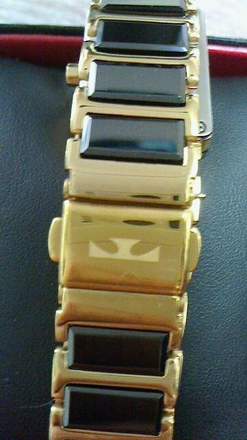 新品テクノス☆ブラックセラミック&ゴールドカラー天然ダイヤ入りレディース腕時計★送込 < 女性アクセサリー/時計の