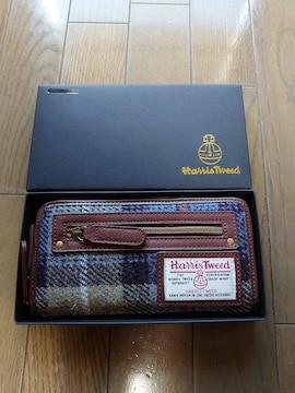 新品タグ付き、冬物、長財布、ラウンドファスナータイプ�@