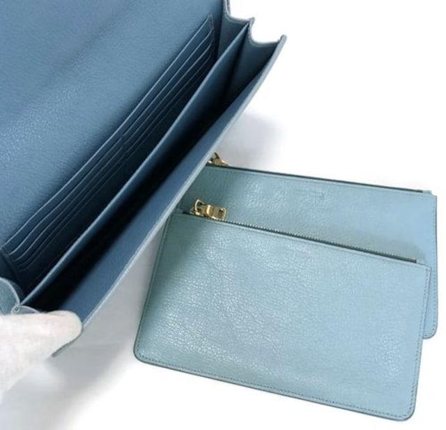 新品同様正規ミュウミュウクラッチウォレット大型長財布クラッチ < ブランドの