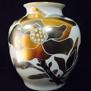 迫力満点!廃番品大倉陶園29cm金銀彩大花瓶