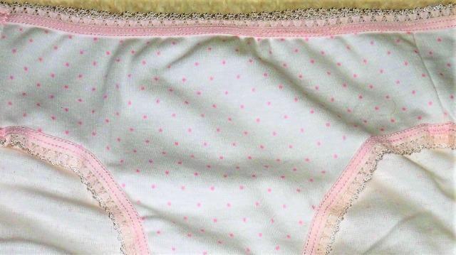 ロリ可愛い学生ちっく綿パンティー・いつも1円スタートで〜す♪ < 女性ファッションの