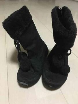 19cm 黒 ブーツ 靴 ボンボン