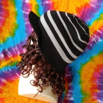 カジュアルstyle♪ボーダーつば付きニット帽子