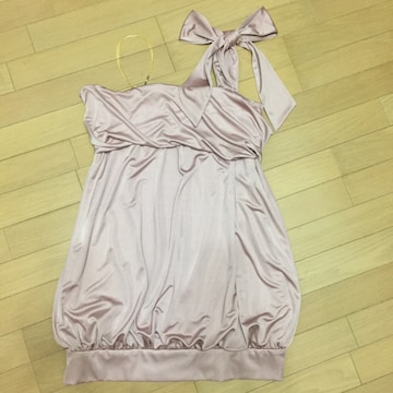 clear-fort くすみピンク 片肩リボン バルーンドレープドレス
