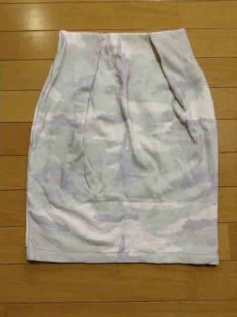 ペギーラナ迷彩コクーンスカートアンダーバーローミニタイトスカート2枚セット < ブランドの