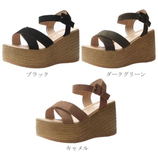 ☆送料無料☆足がスッキリ綺麗に見える♪スウェード素材厚底サンダル/全3色 < 女性ファッションの