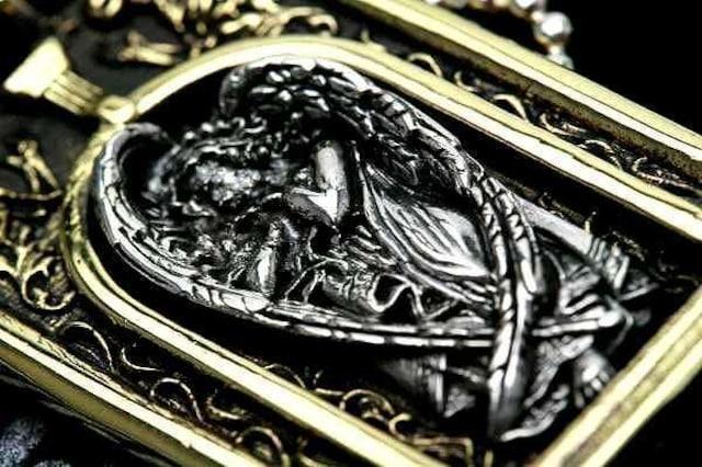 送料無料!天使スカルペンダント(シルバー925、真鍮 < 男性アクセサリー/時計の