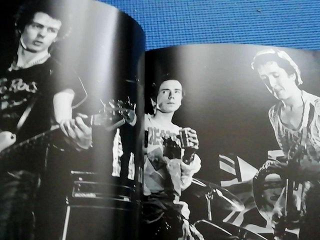 洋書 写真集 Destroy: Sex Pistols 1977 < タレントグッズの