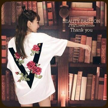 〜3L(4L)*薔薇模様VロゴTシャツ*白