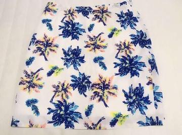 【新品未使用】リゾフラ柄ボタニカルスカート