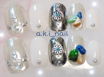 ジェルネイルチップ☆付け爪〜ホワイト&シルバーミラー☆さざれ