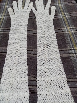 �S レ−ス編み糸で出来た手袋